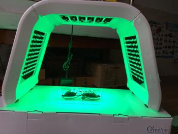 Máy ánh sáng sinh học Omega Light xanh lá