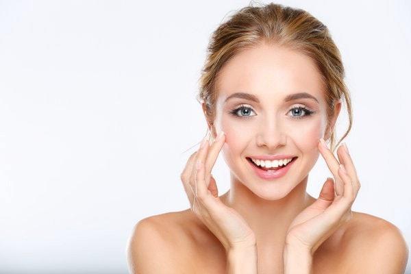 Hãy chăm sóc da thường xuyên để cho làn da khoẻ và đẹp