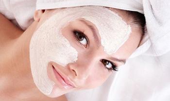 Mặt nạ dưỡng da làm từ sữa chua giúp da mặt mịn màng