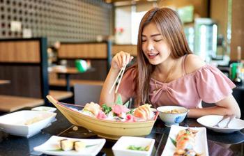 Uống tinh bột nghệ giúp tăng cân