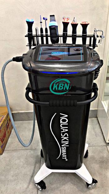 Máy chăm sóc da mặt đa chức năng Aqua Skin Mart