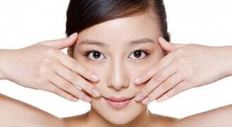 massage giúp nâng mũi tự nhiên tại nhà