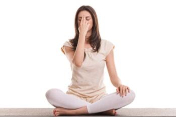 Nâng cao sóng mũi bằng phương pháp Yoga