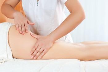 massage giúp thon gọn bắp đùi