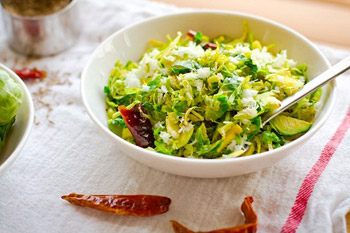 ăn nhiều rau xanh giúp sản sinh collagen