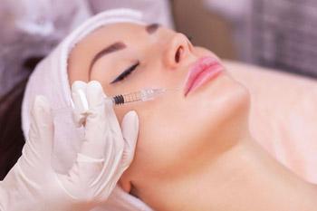 Phương pháp tiêm bổ sung collagen