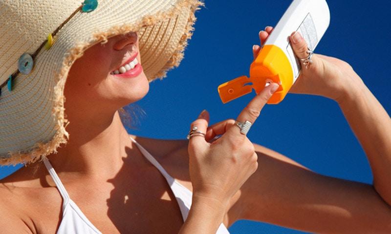 chống nắng sau khi điều trị laser