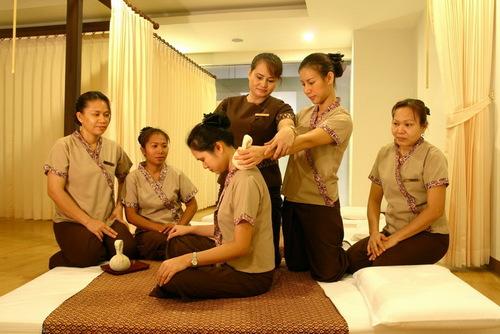 đào tạo nhân viên spa