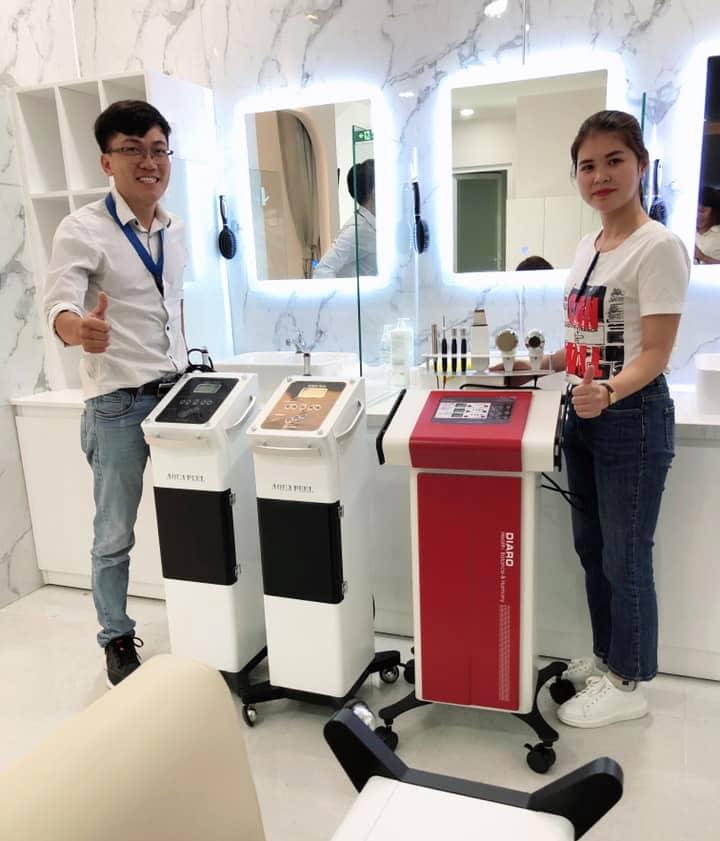 Hình ảnh chuyển giao máy điện di Diaro Hàn Quốc cho khách hàng  spa