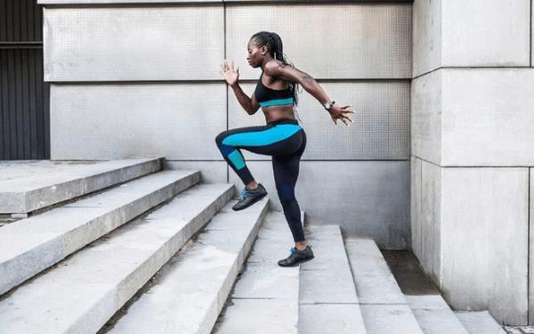 Bài tập bậc thang giúp đào thải, làm cơ thể thon gọn, giảm sự xuất hiện cellulite