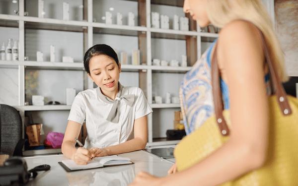 Cần đào tạo kiến thức đúng chuẩn cho nhân viên và tư vấn thông tin cần thiết nhất cho khách hàng